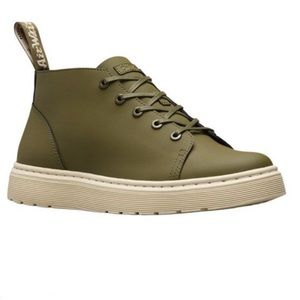 Dr. Martens Baynes Chukka Boot in green